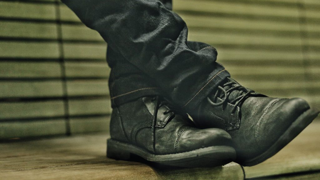 cat footwear - dandy in the bronx - boots with uncuffed jeans