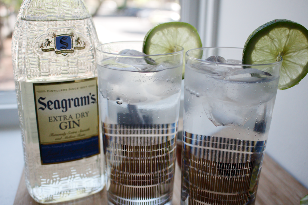 Making gin and tonic with Seagram's Gin, Seagram's Extra Dry Gin, cocktails