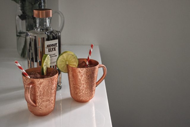 copper makes it better, hosting an AMAZING DINNER PARTY with absolut vodka