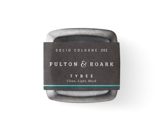 7 GROOMING TIPS FOR TRAVEL Solid Cologne